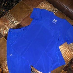 Beautiful Blue Scrubs! Worn once. Top S Pants Med